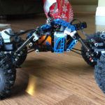 BluCrawler – LEGO Rock Crawler with BTBox Bluetooth Controller